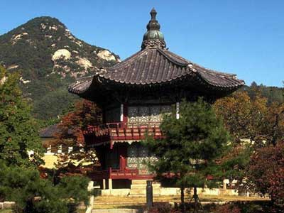 http://www.asianinfo.org/asianinfo/korea/pictures/korea-palace.jpg
